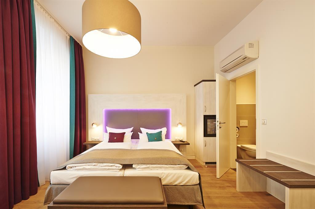 elch boutique congress und tourismus zentrale n rnberg. Black Bedroom Furniture Sets. Home Design Ideas
