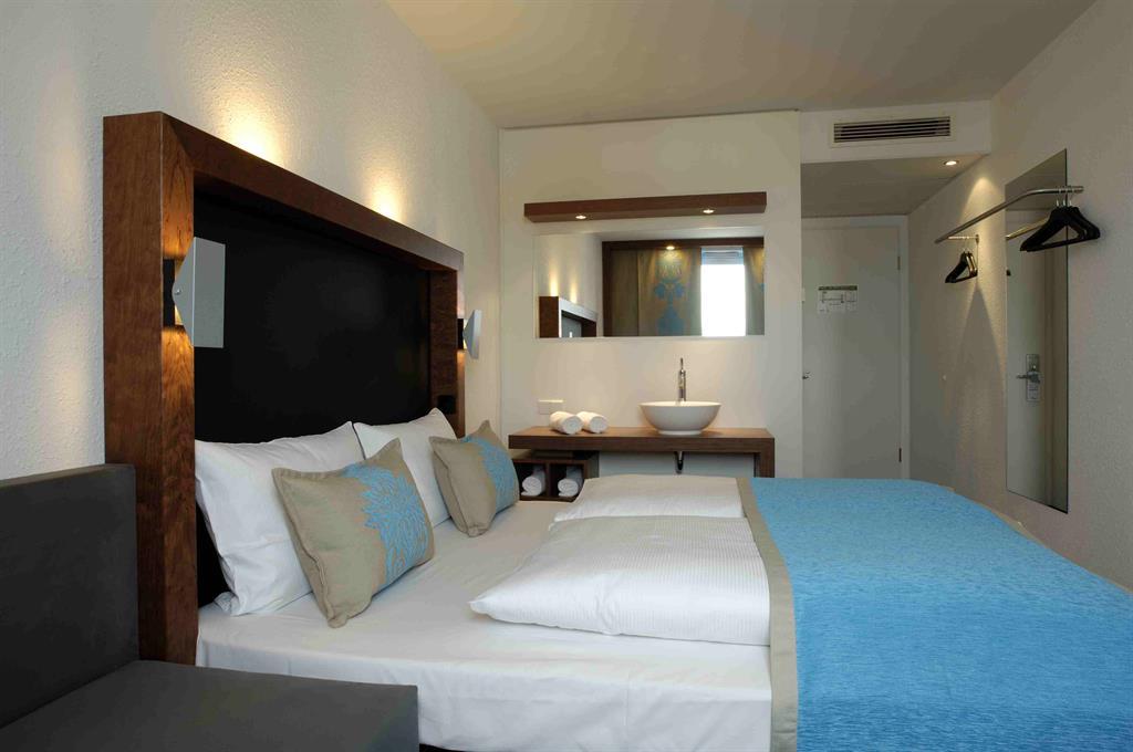 Hotels congress und tourismus zentrale n rnberg for Business zimmer motel one